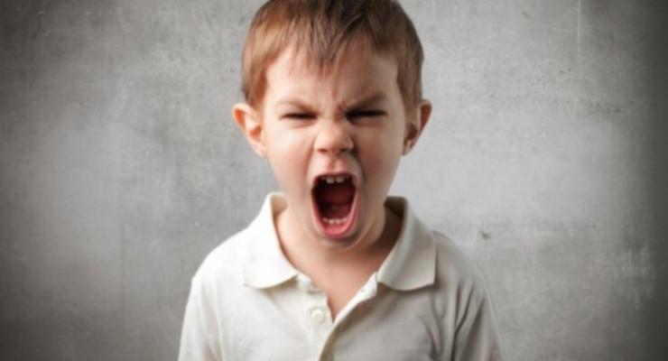 Jak radzić sobie z napadami wściekłości u dzieci?