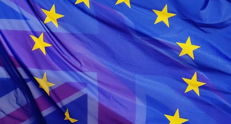 """""""NIE"""" dla wyjścia z Unii Europejskiej"""